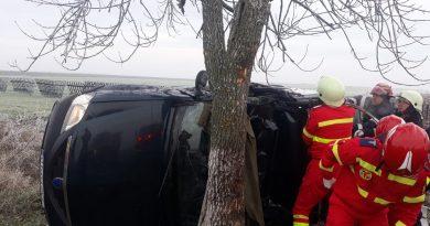 Doi răniți în urma unui accident produs pe fondul vitezei, la Priseaca