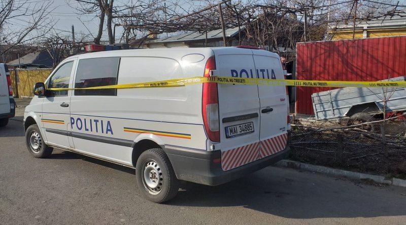 O mamă și-a ucis fiica de doar două luni, la Stoenești. Femeia este din Lituania și trăia în concubinaj cu un oltean